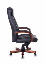 Кресло руководителя Бюрократ T-9922WALNUT/BLACK черный кожа крестовина дерево